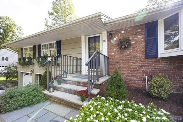 10 Acorn Place, North Caldwell, NJ 07006 (MLS #20041928) :: Kiliszek Real Estate Experts