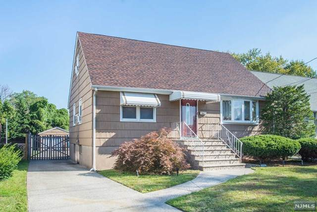 64 Grove Street, South Hackensack, NJ 07606 (MLS #20042274) :: The Dekanski Home Selling Team