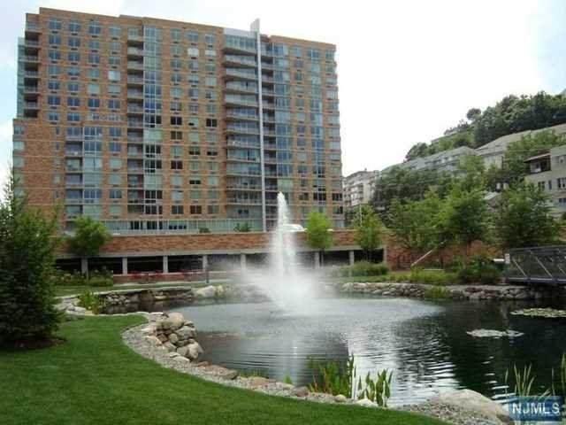 1226 Hudson Park - Photo 1