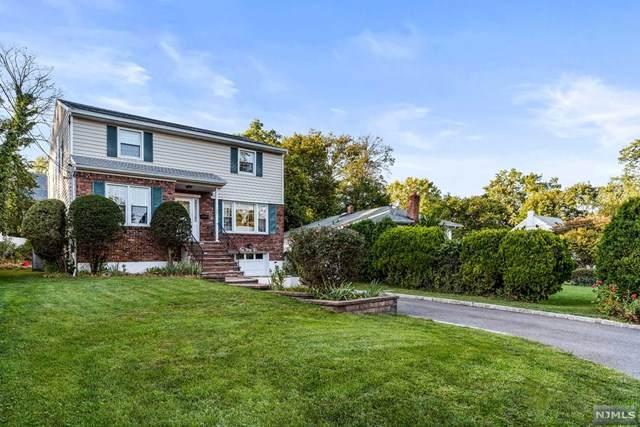 132 Eastview Avenue, Leonia, NJ 07605 (MLS #20042402) :: Team Braconi | Christie's International Real Estate | Northern New Jersey