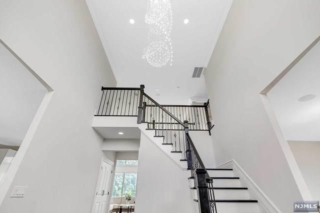 6 Windsor Drive, Montville Township, NJ 07058 (MLS #20042479) :: Provident Legacy Real Estate Services, LLC