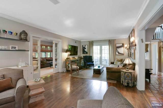 7 S Hamilton Drive, North Caldwell, NJ 07006 (MLS #20042572) :: Kiliszek Real Estate Experts