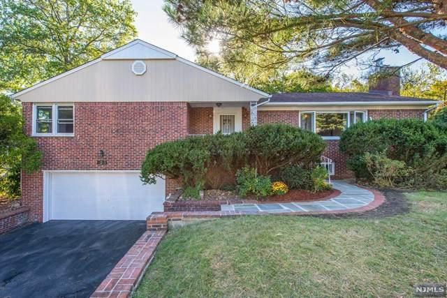 136 Silver Spring Road, Millburn, NJ 07078 (MLS #20042675) :: Provident Legacy Real Estate Services, LLC