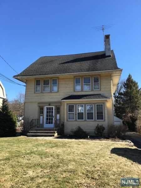 36 Smull Avenue, Caldwell, NJ 07006 (MLS #20042854) :: The Dekanski Home Selling Team