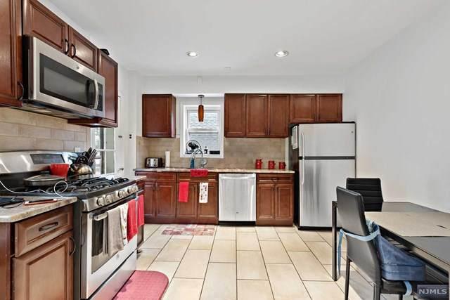 41 Van Dyke Street, Wallington, NJ 07057 (MLS #20043319) :: The Dekanski Home Selling Team