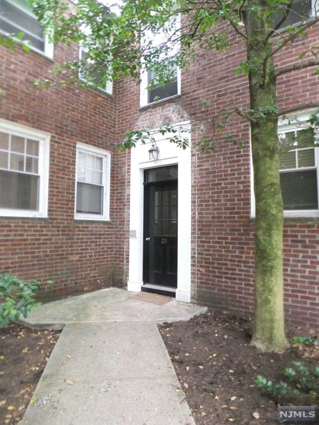 349 Bloomfield Avenue #75, Verona, NJ 07044 (MLS #20043495) :: Provident Legacy Real Estate Services, LLC