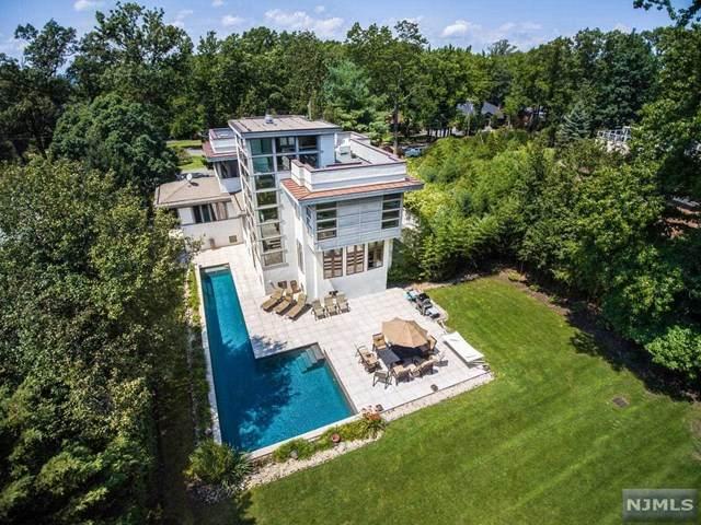 385 Hillcrest Road, Englewood, NJ 07631 (MLS #20043589) :: Kiliszek Real Estate Experts