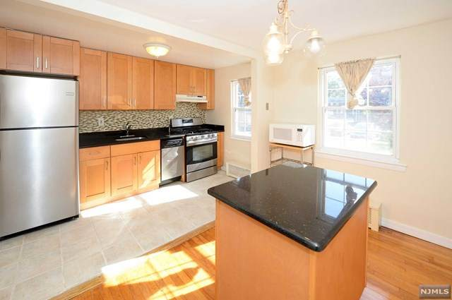 26 Clark Court, Rutherford, NJ 07070 (MLS #20043660) :: The Dekanski Home Selling Team