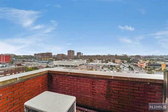 205 10th Street 8V, Jersey City, NJ 07302 (MLS #20043744) :: The Sikora Group