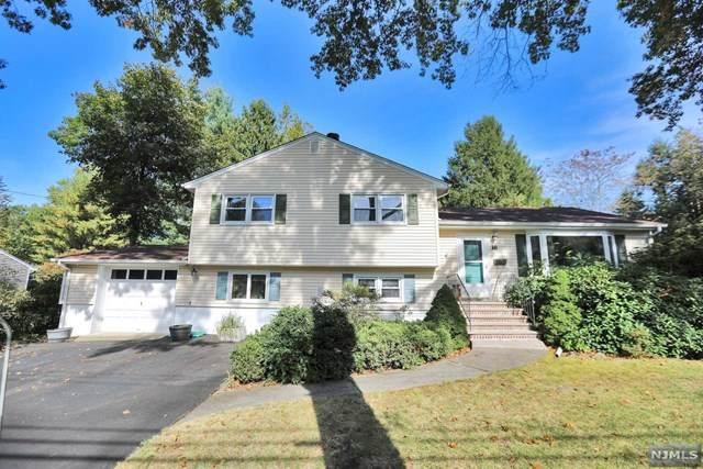 16 Garnett Place, Norwood, NJ 07648 (MLS #20043925) :: The Dekanski Home Selling Team