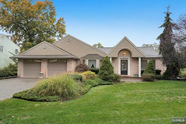 251 Forest Avenue, Paramus, NJ 07652 (#20044054) :: NJJoe Group at Keller Williams Park Views Realty