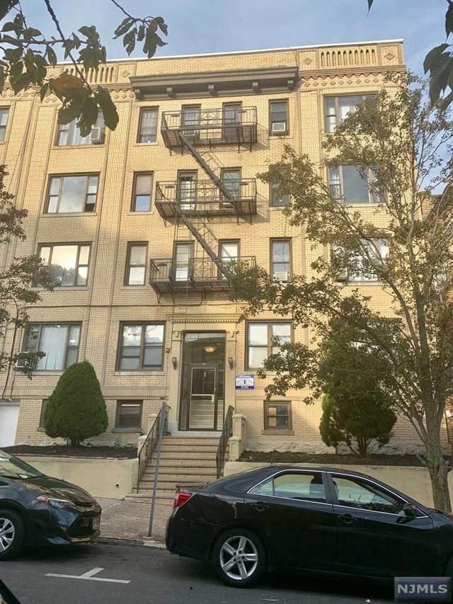 14 65th Street - Photo 1