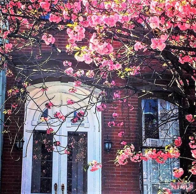 211 10th Street, Hoboken, NJ 07030 (MLS #20044131) :: The Sikora Group