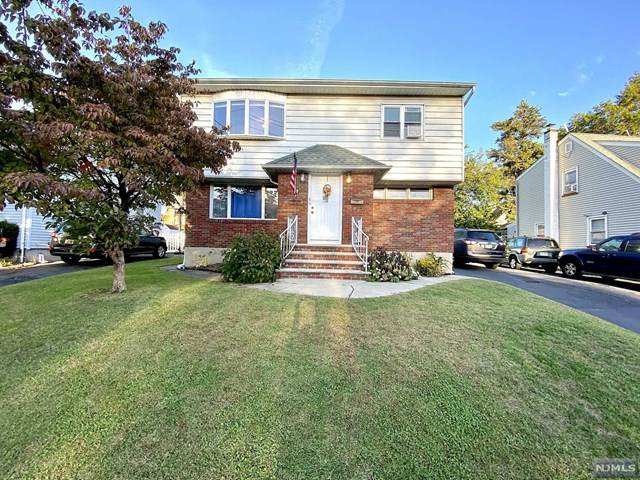 15-31 Parmelee Avenue, Fair Lawn, NJ 07410 (#20044241) :: NJJoe Group at Keller Williams Park Views Realty