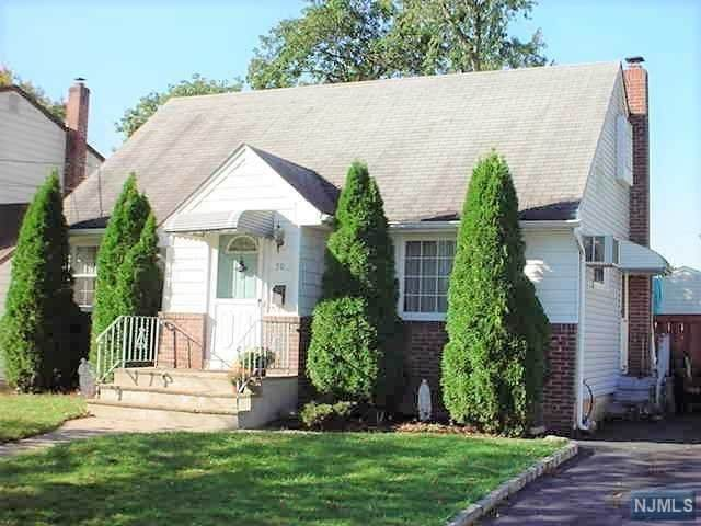 50 Elizabeth Avenue, Elmwood Park, NJ 07407 (MLS #20044247) :: William Raveis Baer & McIntosh