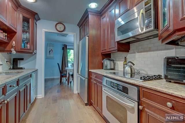 2 Cerone Court, West Orange, NJ 07052 (MLS #20044265) :: Kiliszek Real Estate Experts