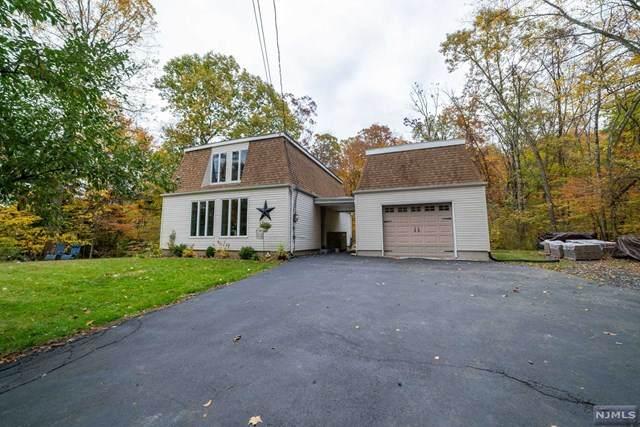 137 Kinnelon Road, Kinnelon Borough, NJ 07405 (MLS #20044279) :: William Raveis Baer & McIntosh
