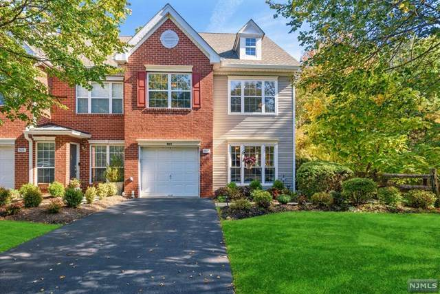 907 Springhouse Drive, Readington, NJ 08889 (MLS #20044318) :: Team Braconi | Christie's International Real Estate | Northern New Jersey