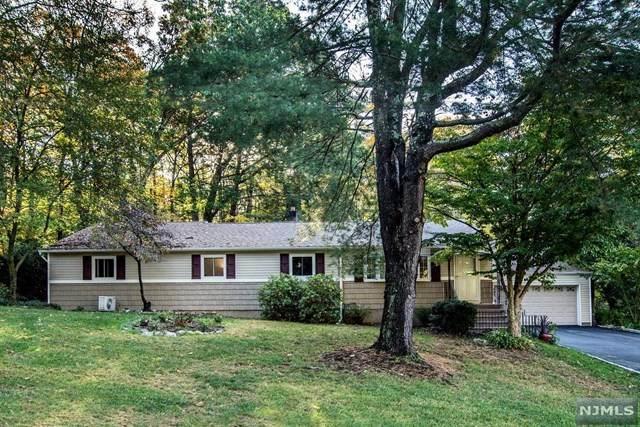 4 Kendall Drive, Ringwood, NJ 07456 (MLS #20044340) :: The Sikora Group