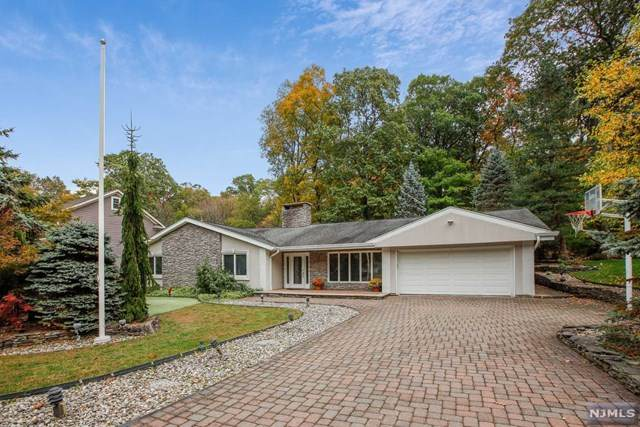9 Roberts Court, Verona, NJ 07044 (MLS #20044468) :: Team Braconi | Christie's International Real Estate | Northern New Jersey