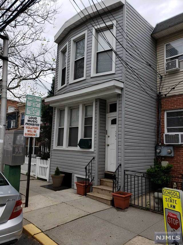 204 19th Street, Union City, NJ 07087 (MLS #20044613) :: Team Braconi | Christie's International Real Estate | Northern New Jersey
