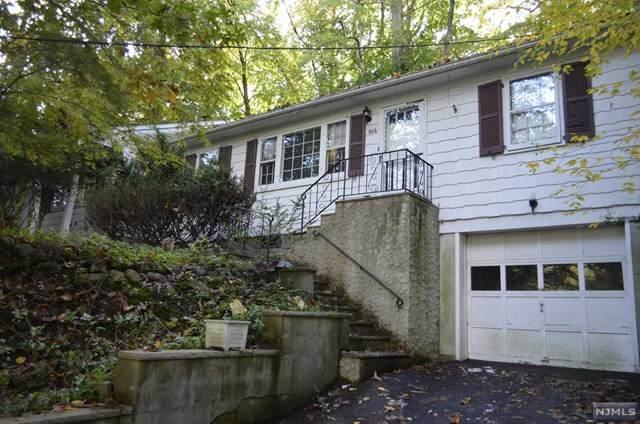 906 N Monroe Street, Midland Park, NJ 07432 (MLS #20044700) :: The Dekanski Home Selling Team