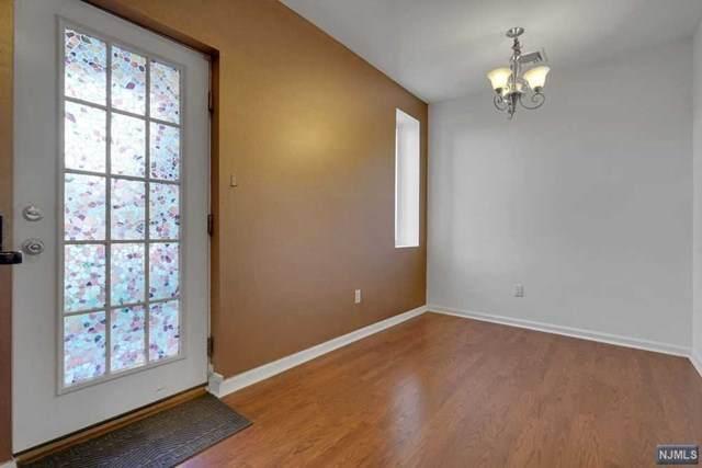 182 Livingston Street, Northvale, NJ 07647 (MLS #20044726) :: The Dekanski Home Selling Team