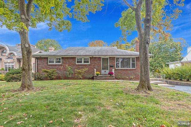356 Summit Street, Norwood, NJ 07648 (MLS #20044841) :: Provident Legacy Real Estate Services, LLC