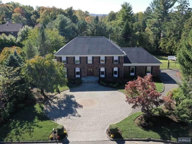 5 Edgewood Court, North Caldwell, NJ 07006 (MLS #20044988) :: William Raveis Baer & McIntosh