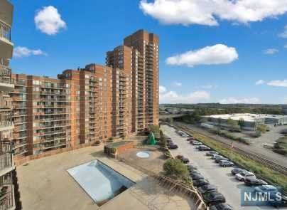 830 Harmon Cove Tower, Secaucus, NJ 07094 (MLS #20045039) :: Provident Legacy Real Estate Services, LLC