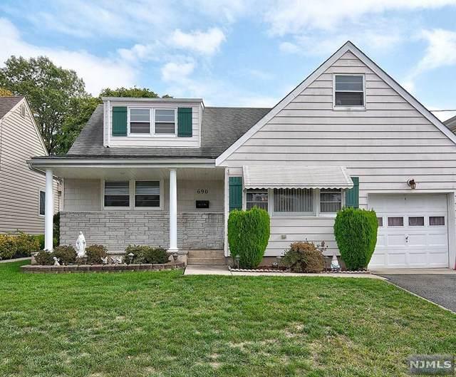 690 8th Street, Secaucus, NJ 07094 (MLS #20045045) :: Provident Legacy Real Estate Services, LLC