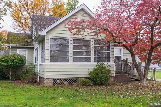 114 Colfax Avenue, Pompton Lakes, NJ 07442 (MLS #20045046) :: The Dekanski Home Selling Team