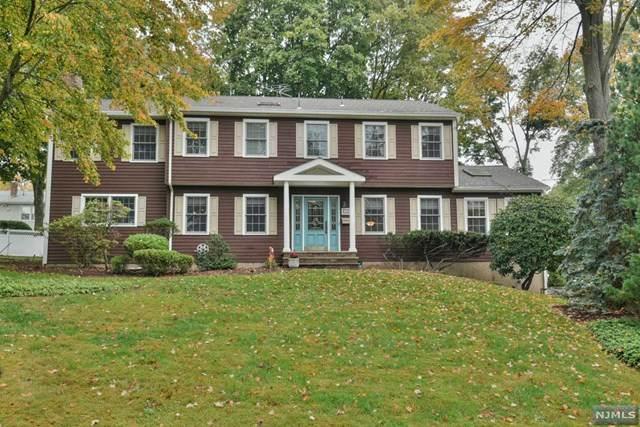 33 Cottage Avenue, Montvale, NJ 07645 (MLS #20045053) :: William Raveis Baer & McIntosh