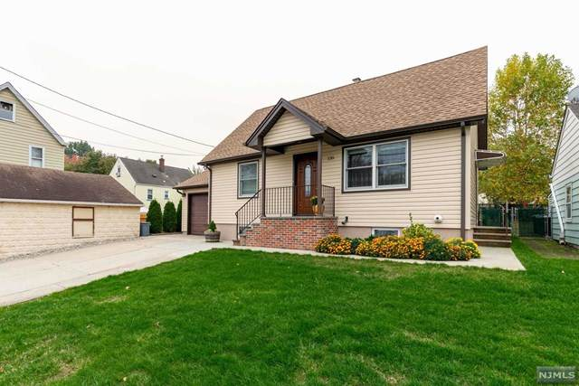 135 Fornelius Avenue, Clifton, NJ 07013 (MLS #20045096) :: Provident Legacy Real Estate Services, LLC