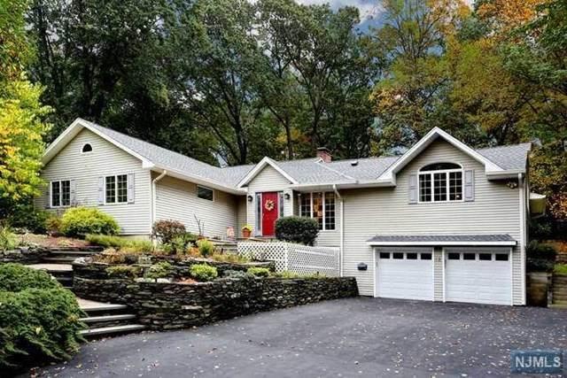 18 Brookview Terrace, Hillsdale, NJ 07642 (MLS #20045106) :: Halo Realty