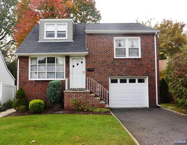 764 Hamilton Avenue, Ridgefield, NJ 07657 (MLS #20045119) :: Provident Legacy Real Estate Services, LLC