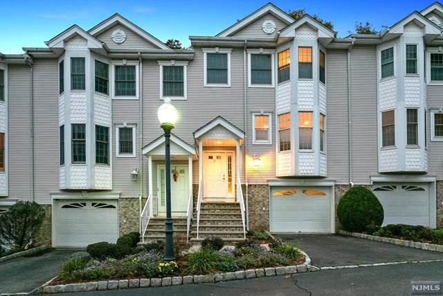 3 Carol Lane #3, River Edge, NJ 07661 (MLS #20045174) :: The Dekanski Home Selling Team