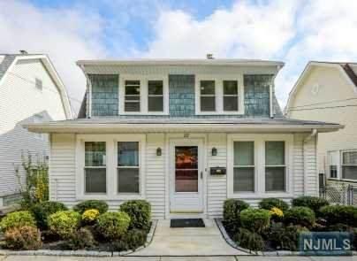 22 Thomas Street, Clifton, NJ 07013 (MLS #20045305) :: Provident Legacy Real Estate Services, LLC