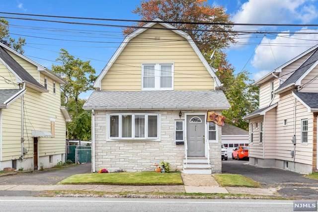 455 Riverside Avenue, Lyndhurst, NJ 07071 (MLS #20045328) :: The Dekanski Home Selling Team