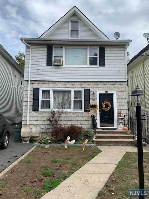 511 Post Avenue, Lyndhurst, NJ 07071 (MLS #20045392) :: The Dekanski Home Selling Team