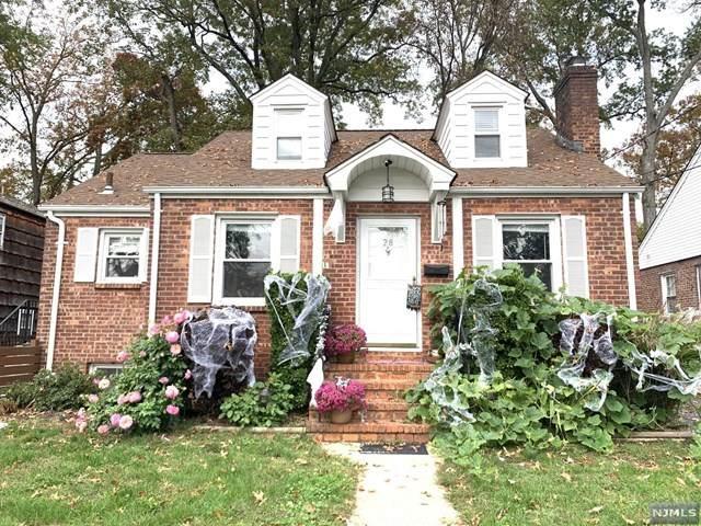 28 Delaware Avenue, Dumont, NJ 07628 (MLS #20045571) :: Provident Legacy Real Estate Services, LLC