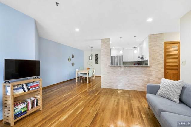 56-60 Ferguson Street, Newark, NJ 07105 (MLS #20045630) :: The Dekanski Home Selling Team