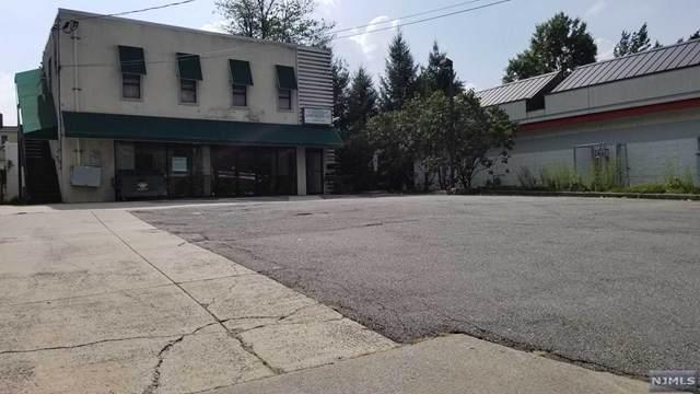 1666 Bergen Boulevard, Fort Lee, NJ 07024 (MLS #20045646) :: Howard Hanna Rand Realty