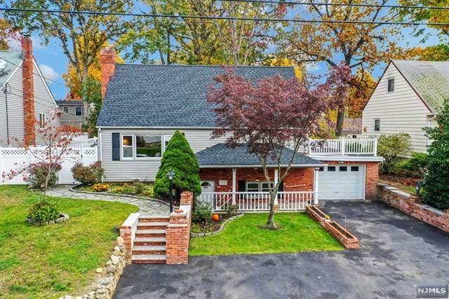 62 Redwood Avenue, Wayne, NJ 07470 (MLS #20045688) :: Kiliszek Real Estate Experts