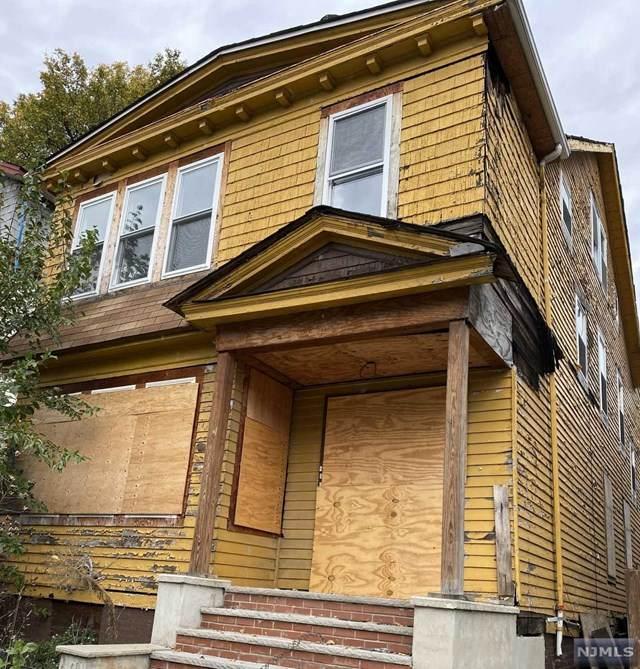 181 Mapes Avenue, Newark, NJ 07112 (MLS #20045722) :: The Dekanski Home Selling Team
