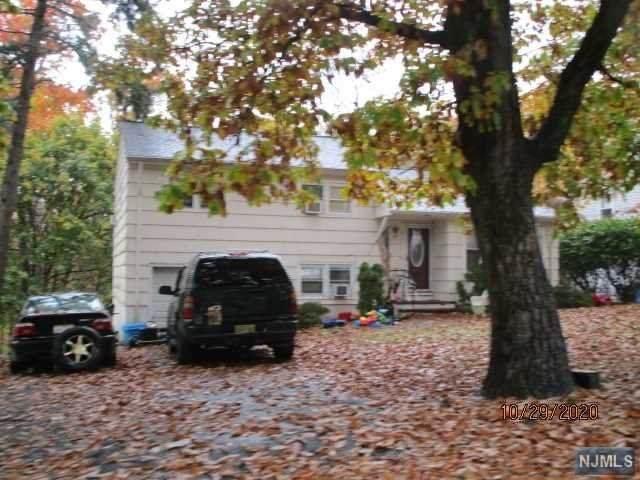 13 Manito Avenue, Oakland, NJ 07436 (MLS #20045804) :: Team Braconi   Christie's International Real Estate   Northern New Jersey