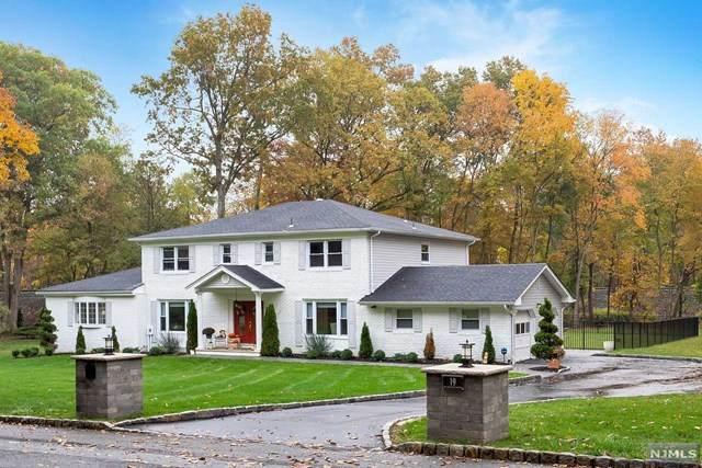 19 Southwood Drive, Par-Troy Hills Twp., NJ 07950 (MLS #20045820) :: Provident Legacy Real Estate Services, LLC