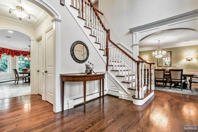 42 Charles Place, Old Tappan, NJ 07675 (MLS #20046006) :: Provident Legacy Real Estate Services, LLC