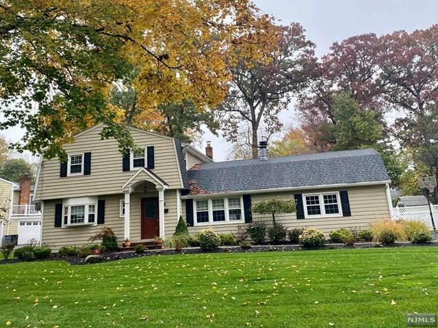 9 Fredon Drive, Livingston, NJ 07039 (MLS #20046051) :: Team Braconi | Christie's International Real Estate | Northern New Jersey