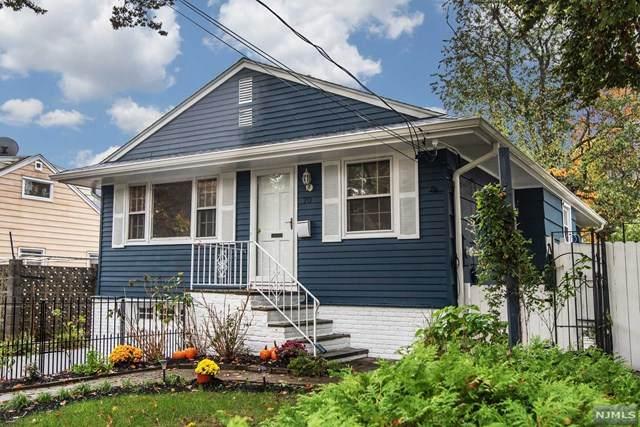 70 Lincoln Avenue, Bergenfield, NJ 07621 (MLS #20046057) :: Kiliszek Real Estate Experts